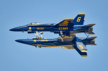 The Blue Angels flying aerobatic team of the United States Navy will be the featured act at the Minnesota Air Spectacular 2012 on June 9 and 10 at the Mankato Regional Airport. Mankato will be the Blue Angels' only Minnesota appearance in 2012.